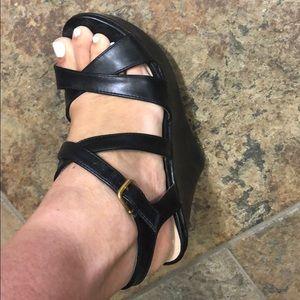 Black wedges 👠 worn few times!